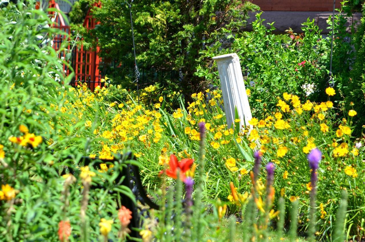 12-gardens24.jpg.1920x0.jpg