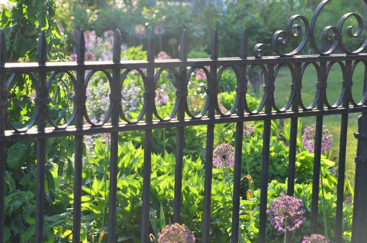 13may-flowers.jpg.1920x0.jpg