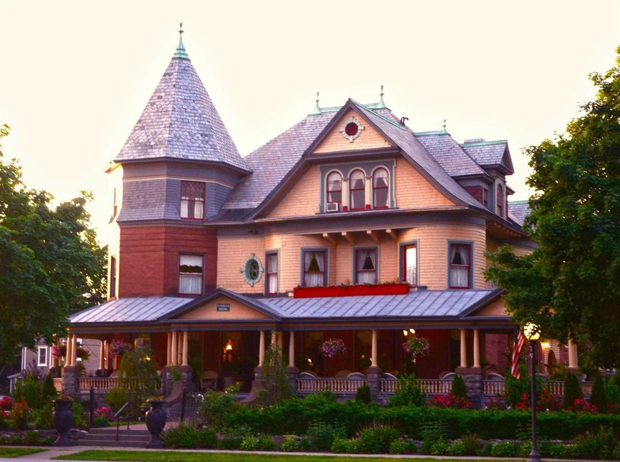 12-house4.jpg.1920x0.jpg