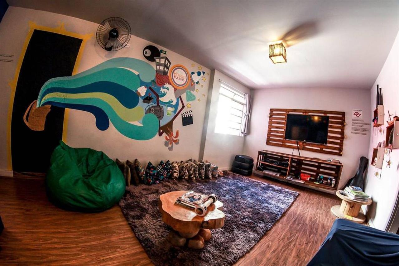 chambre tv3.jpg.1024x0.jpg