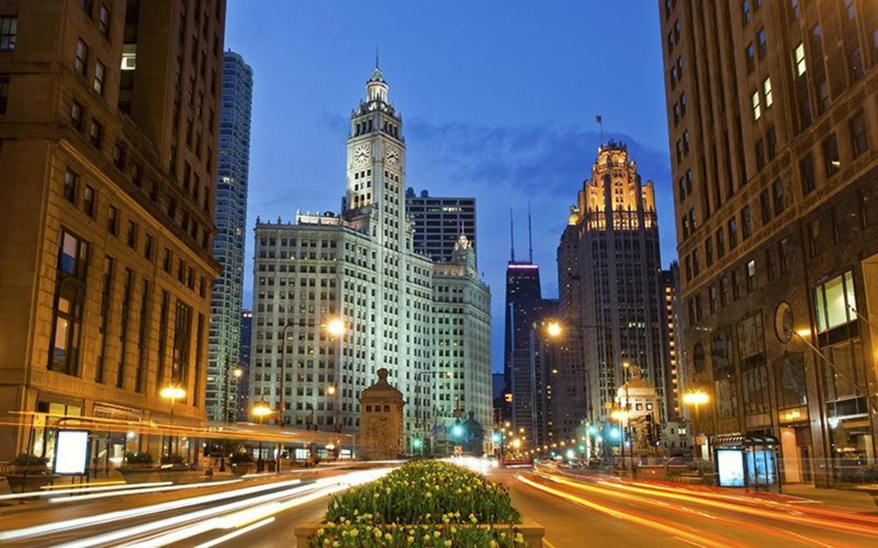 attractions1-michiganave.jpg