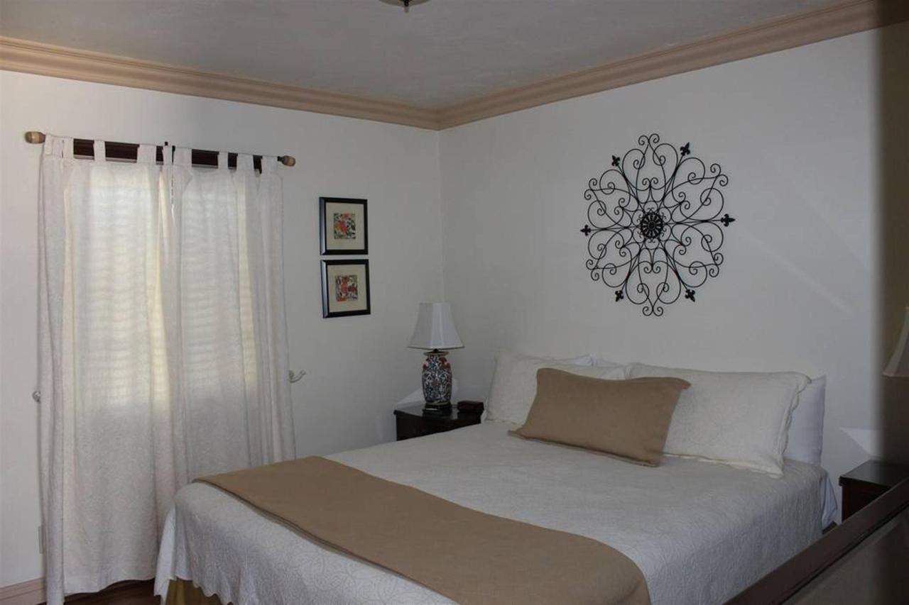 los-olivos-rm-3-bedroom.JPG.1024x0.JPG
