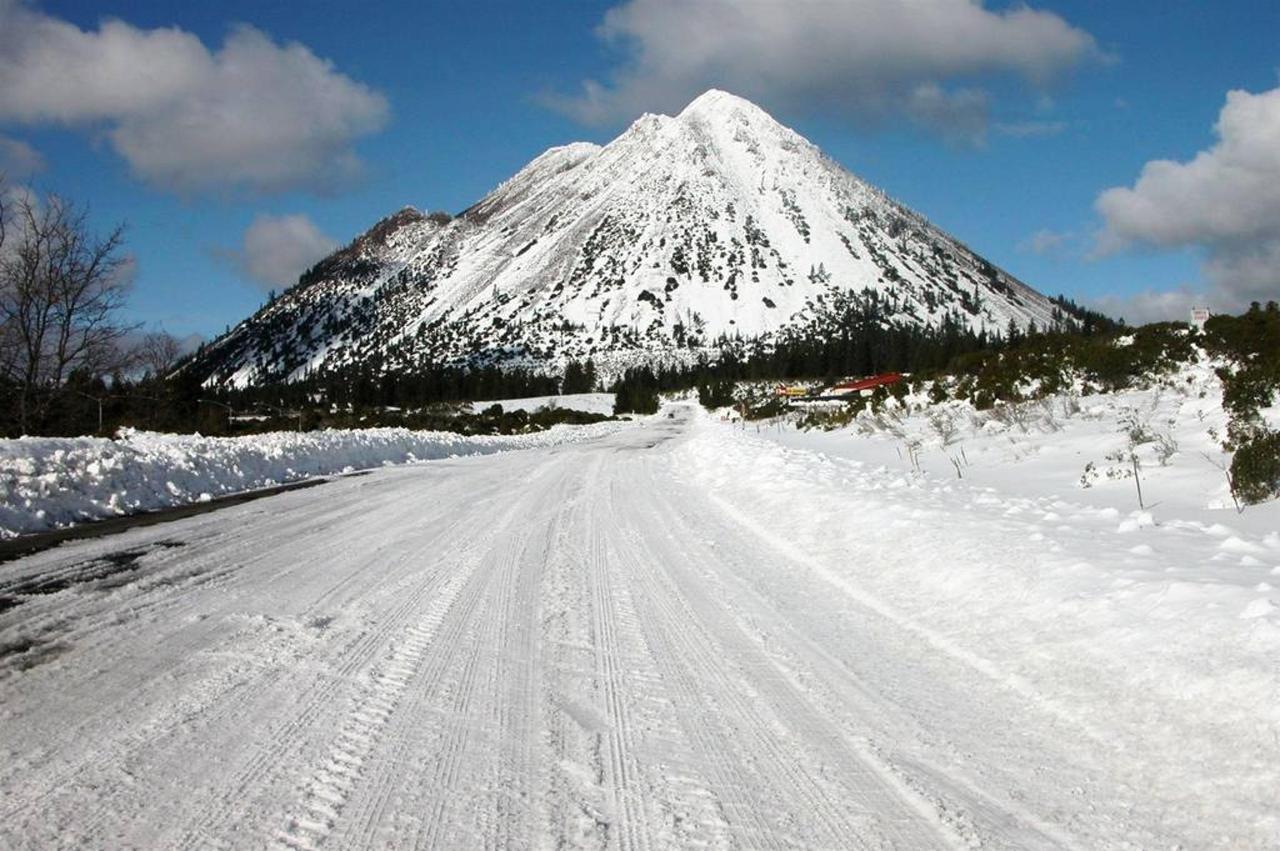 rrp-black-butte-in-winter.jpg.1024x0.jpg