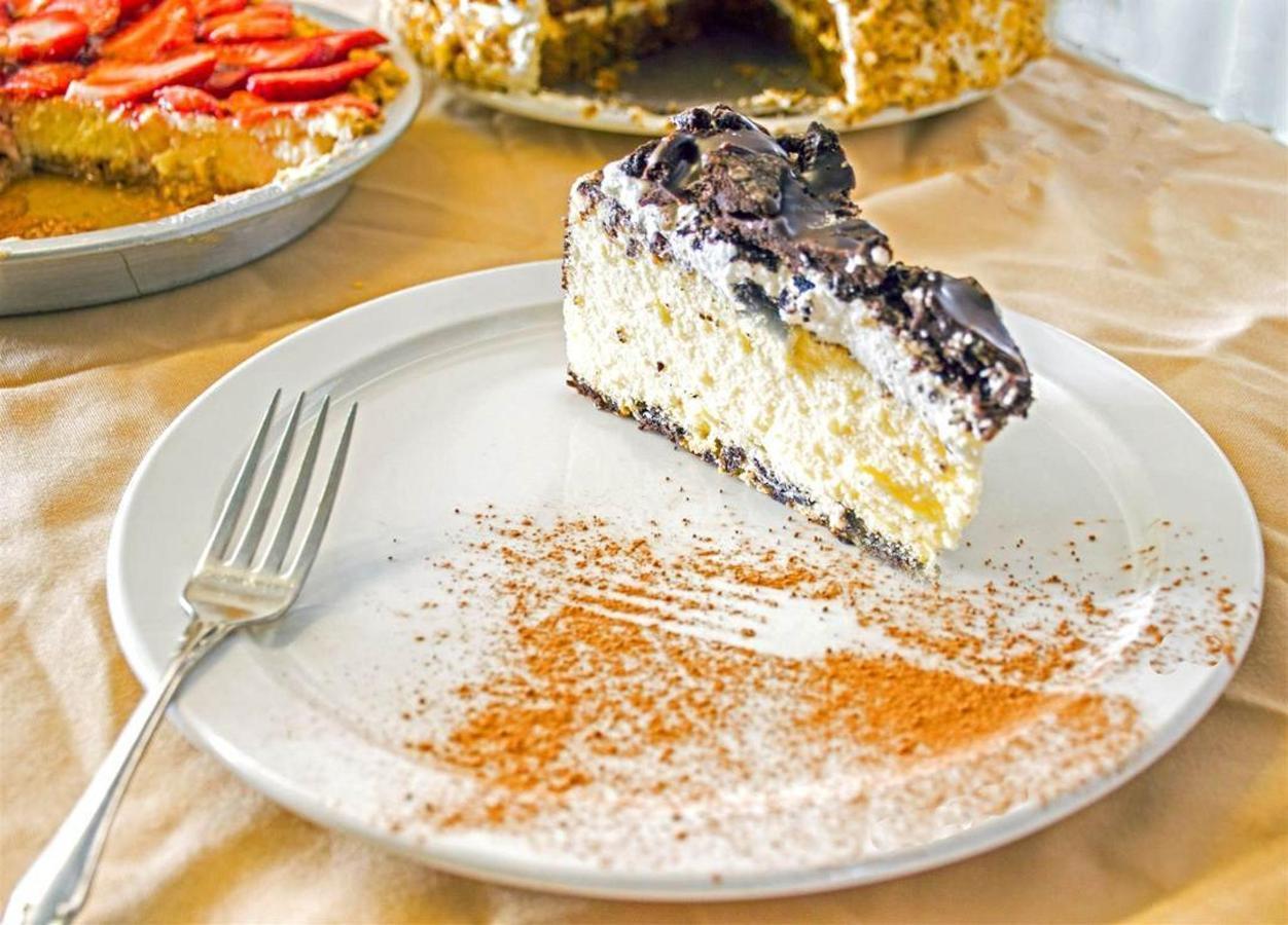 cheesecake.jpg.1080x0.jpg