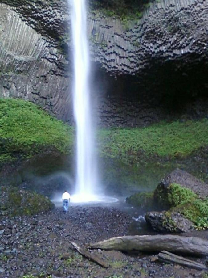 Latourell Falls- photo Loree Harrell.jpg