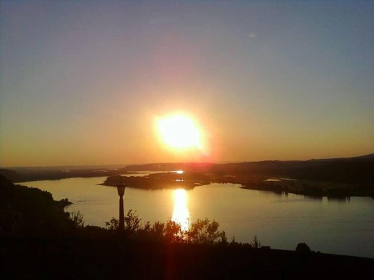 Gorge Sunset from Vista House - photo Loree Harrell.jpg
