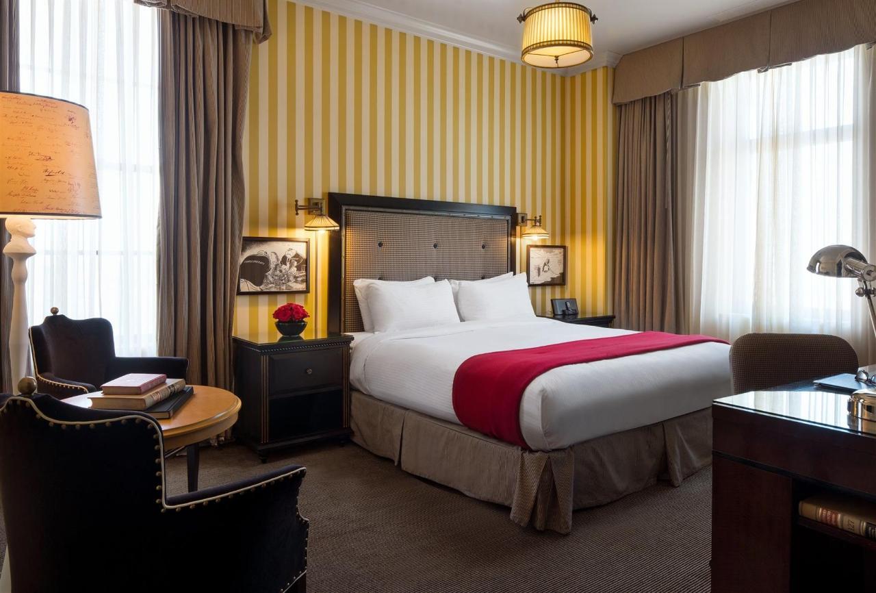 ak_sacak_king_guestroom-1.jpg