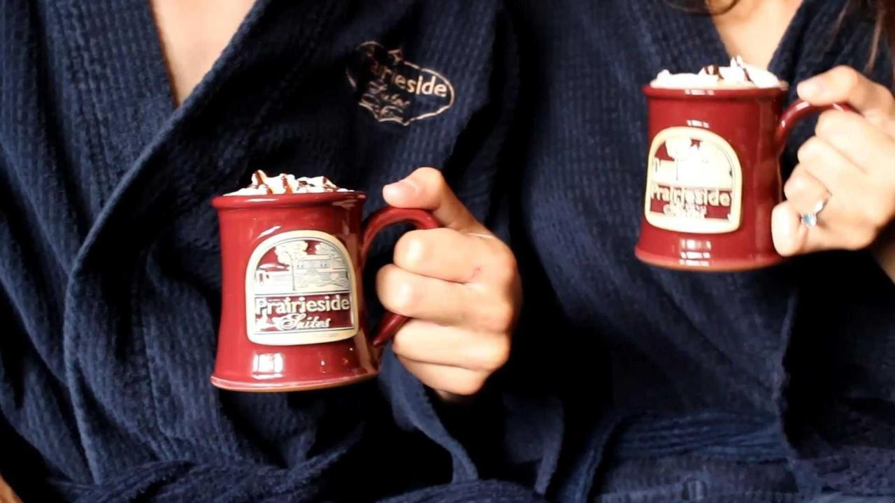 pss-relax-in-custom-robes-and-hot-cocoa.jpg.1920x0.jpg