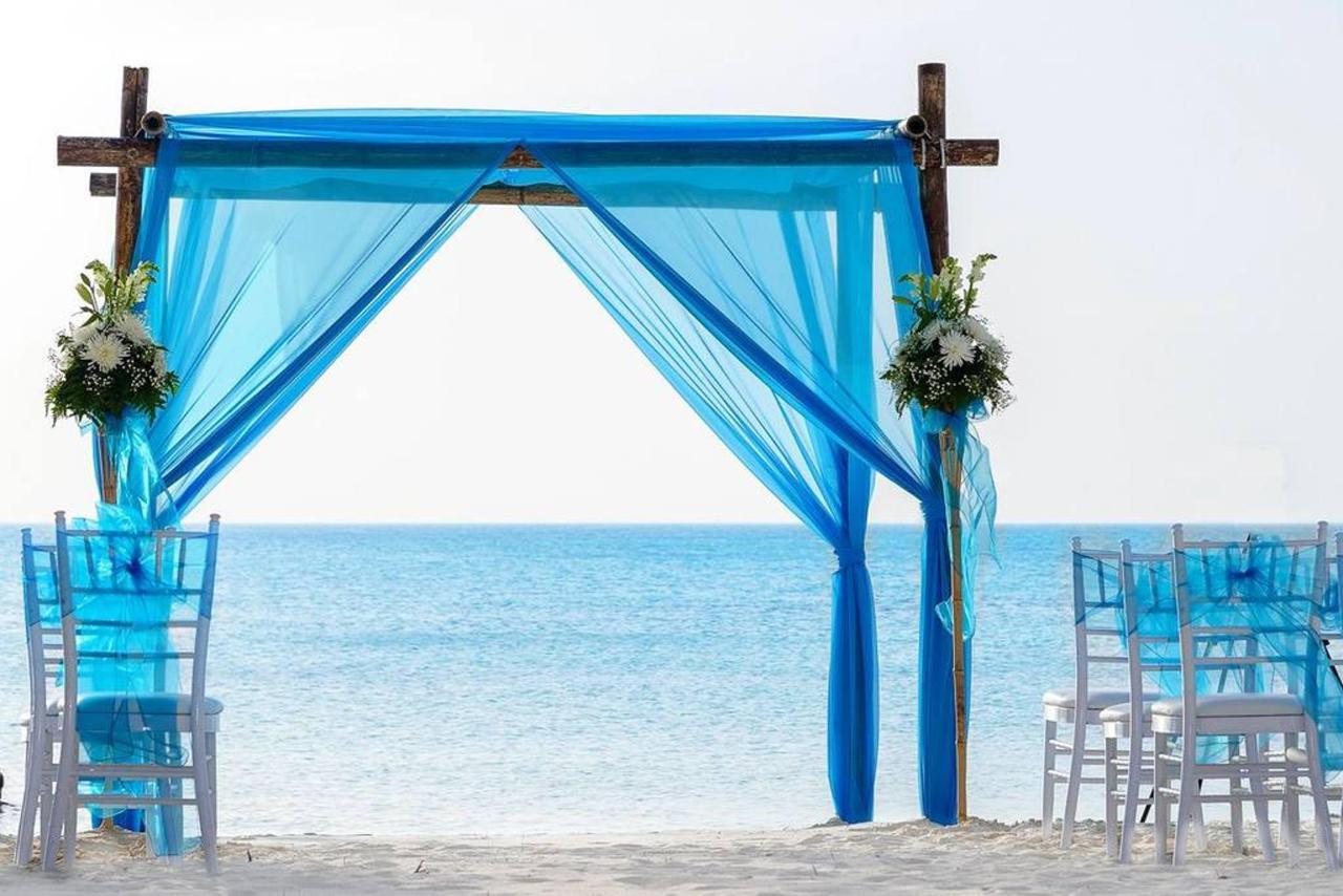 Weddings_HolidayInnAruba15.jpg