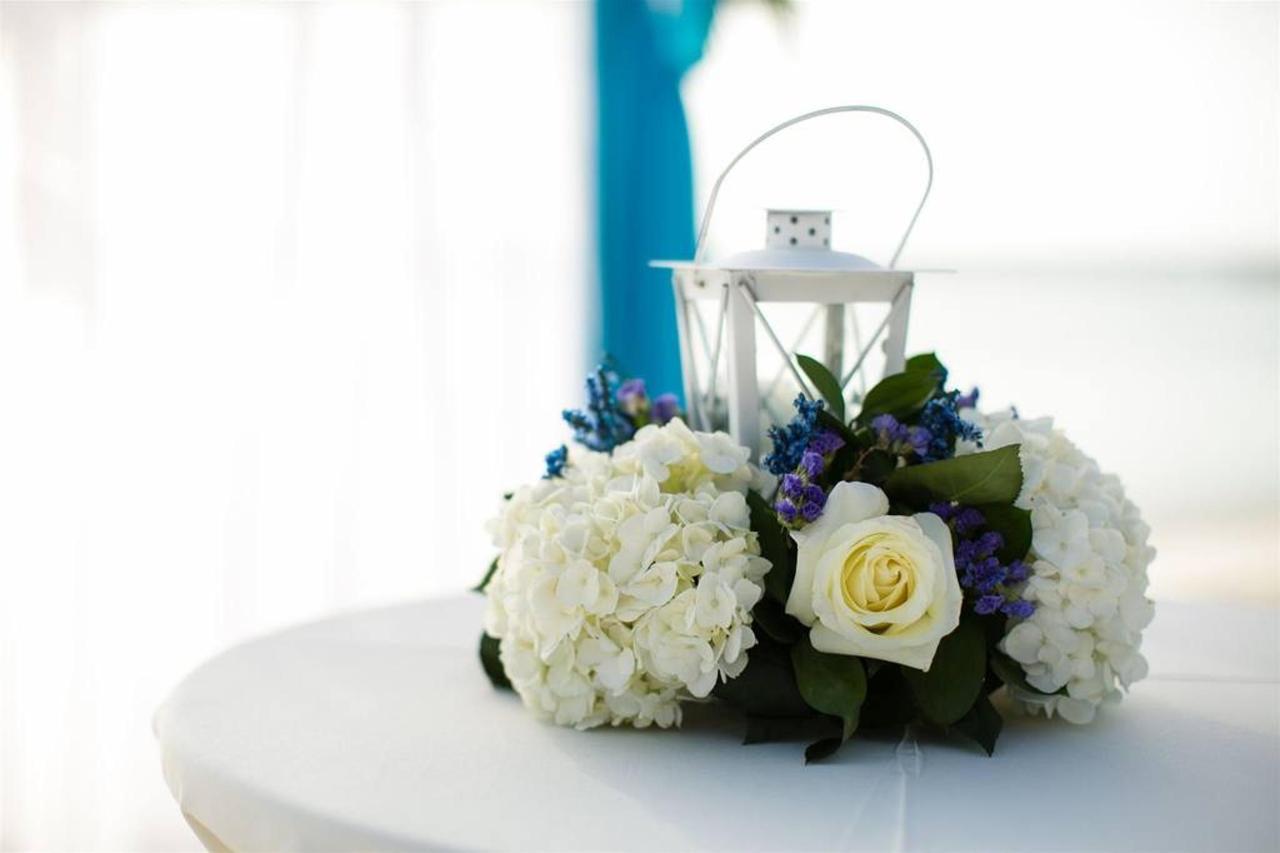 Weddings_HolidayInnAruba18.jpg