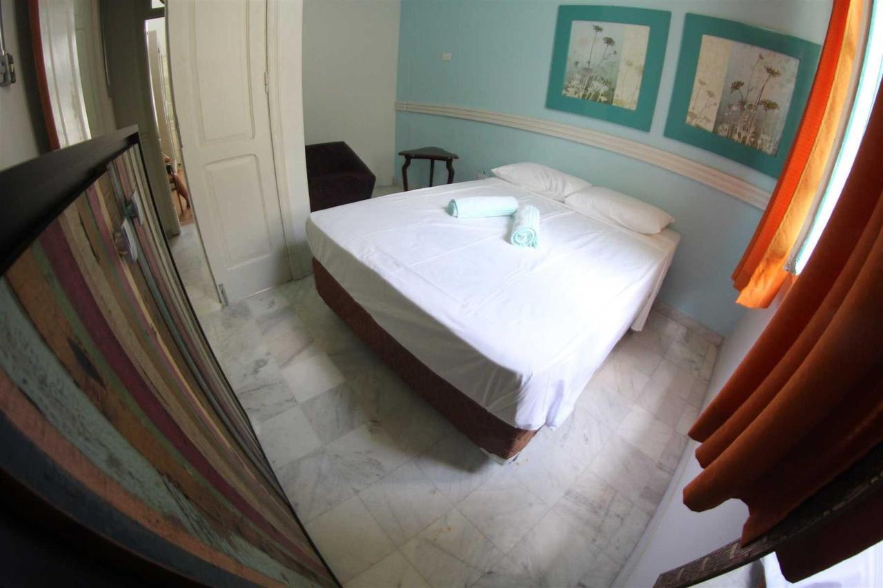 Quarto Compartilhado Misto (17 camas).jpg
