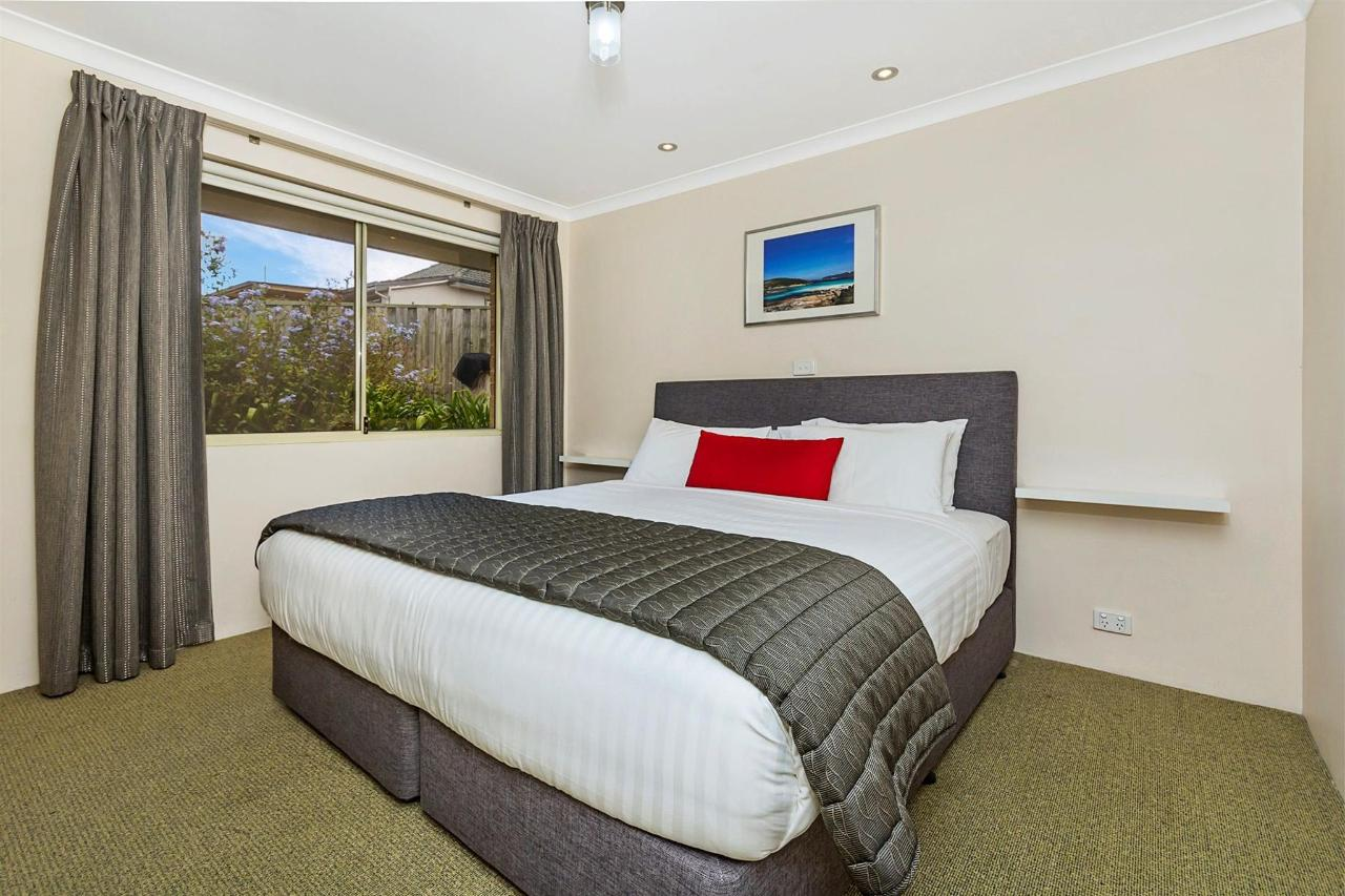 023_open2view_id402386-quality_suites_banksia_gardens.jpg