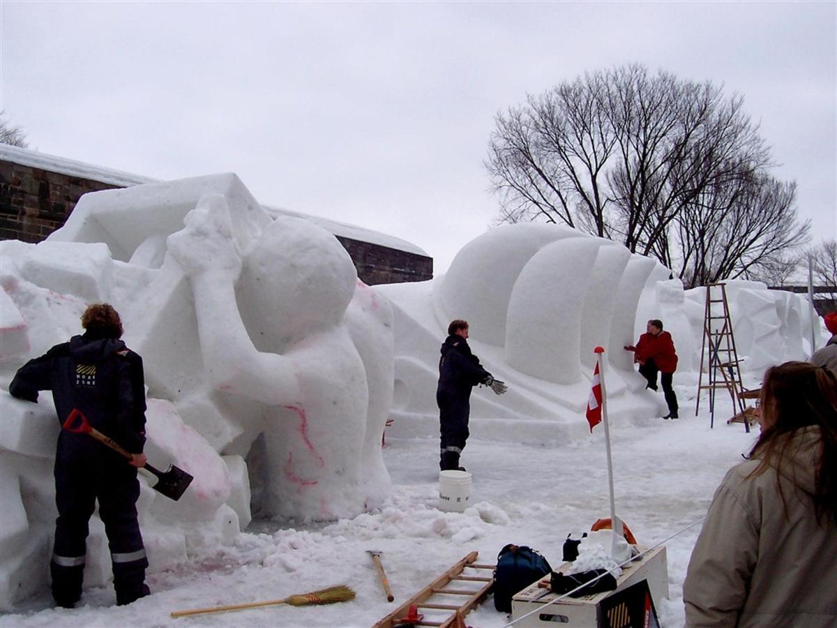 carnaval-de-qu-a-bec-sculptures-sur-neige-2006-02.JPG.1024x0.JPG