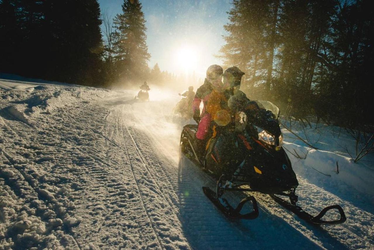 0557_motoneige_snowmobile_szz8nz3oxus1u_ph_s3dy_s18q0ablzbh_rgb_hd.jpg.1024x0.jpg