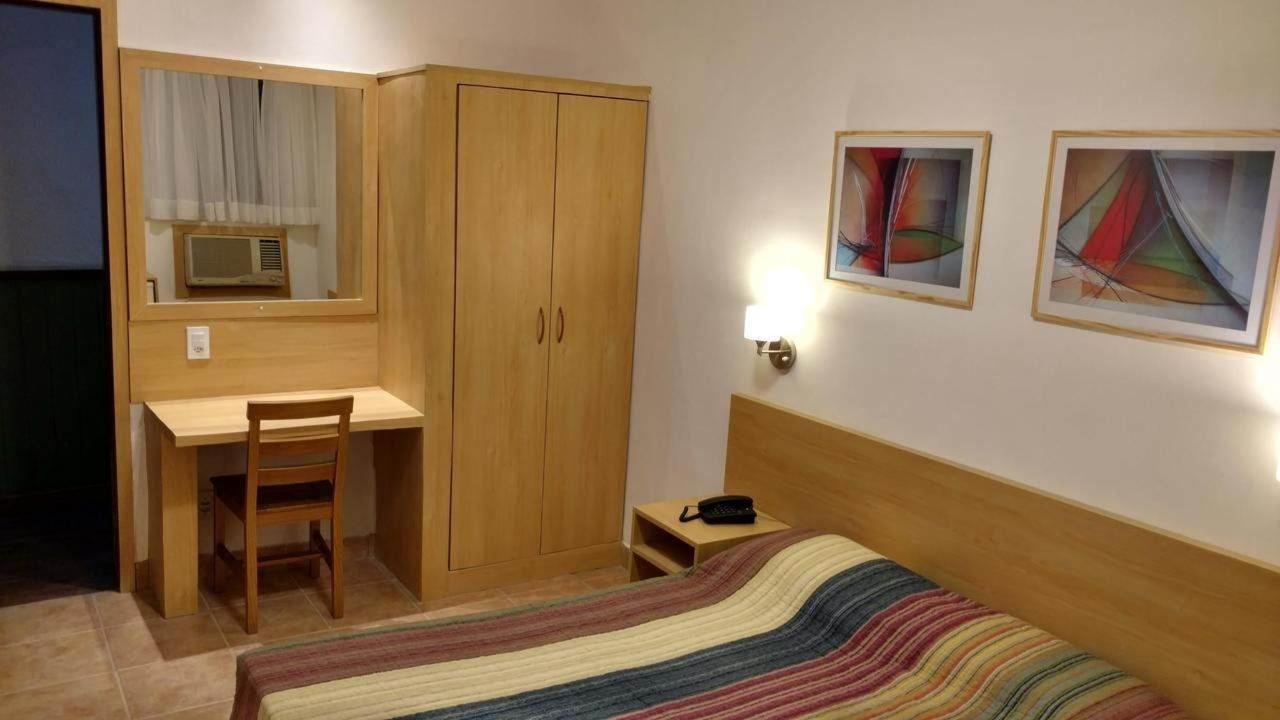Hotel Inglês.jpg