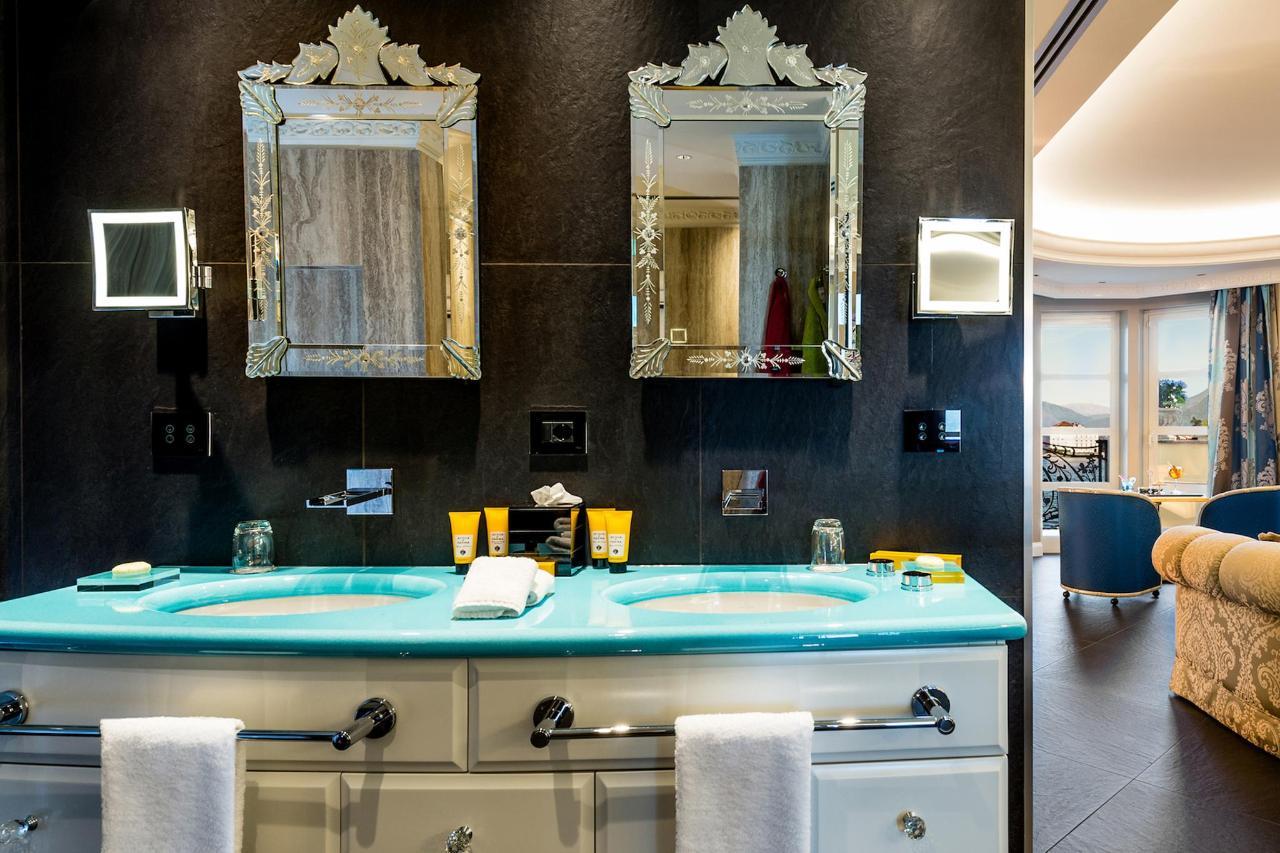 Bathroom Belvedere suite lake view (4) copia.jpg