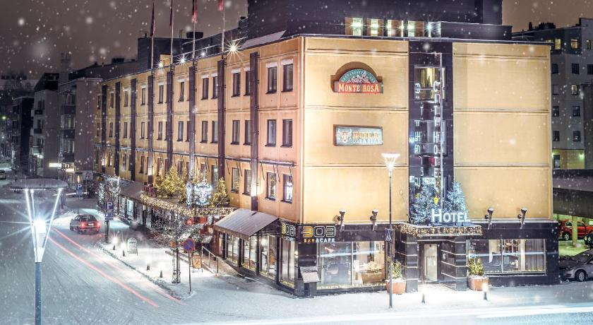 ★★★★ Arctic City Hotel