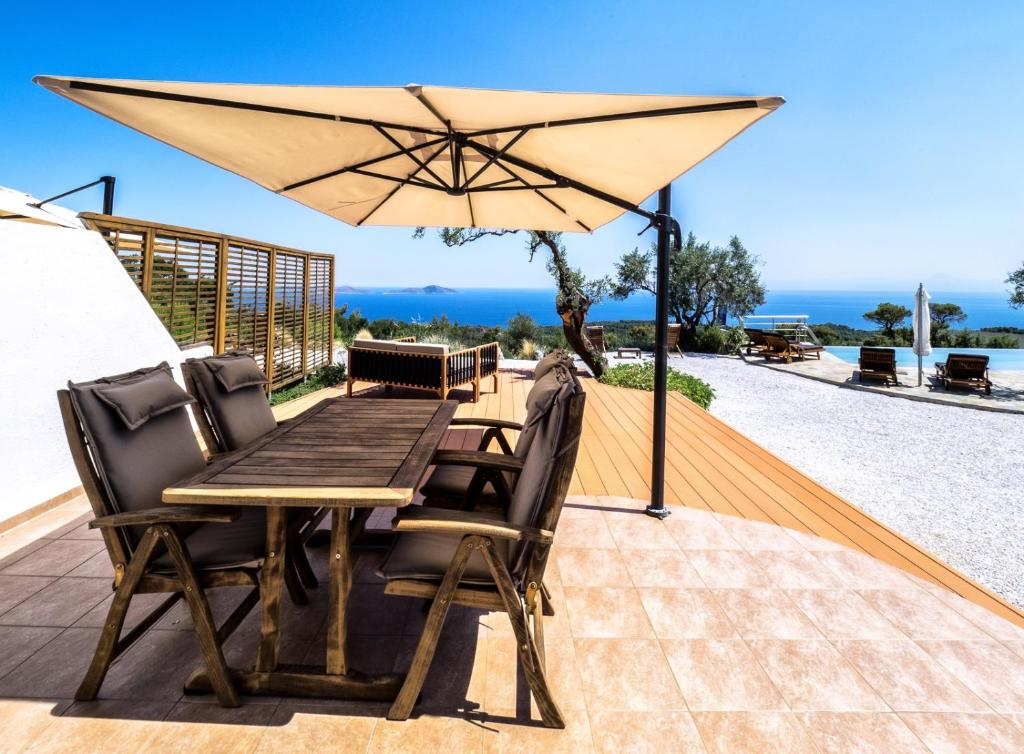 The Infinity 180 Luxury Suites