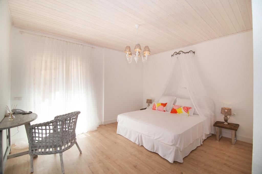 boutique hotels in begur  36