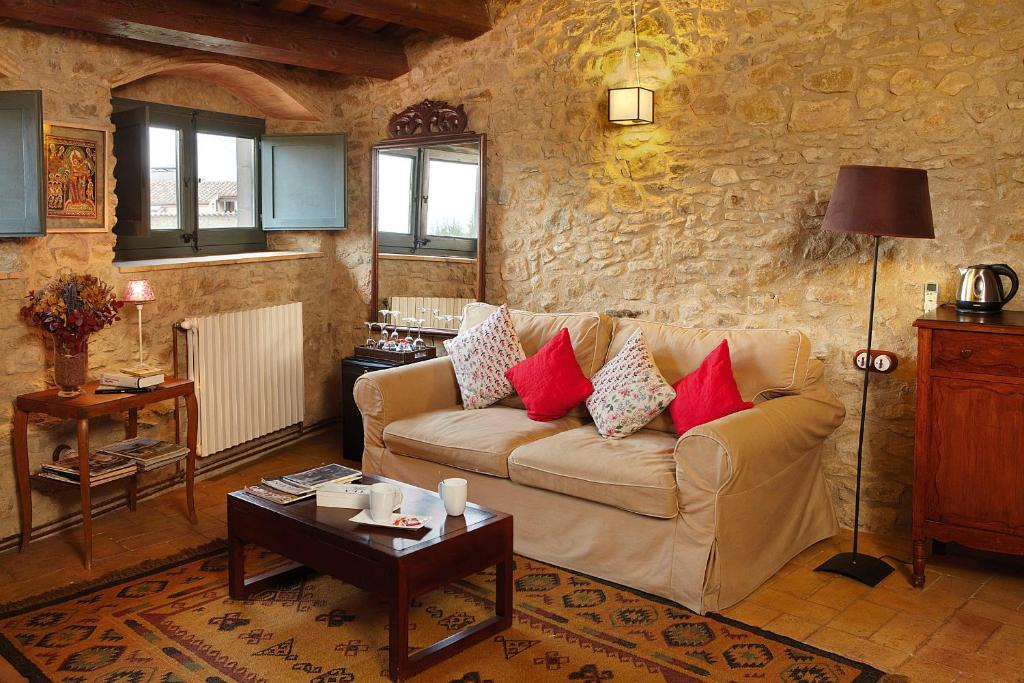 boutique hotels in girona  383