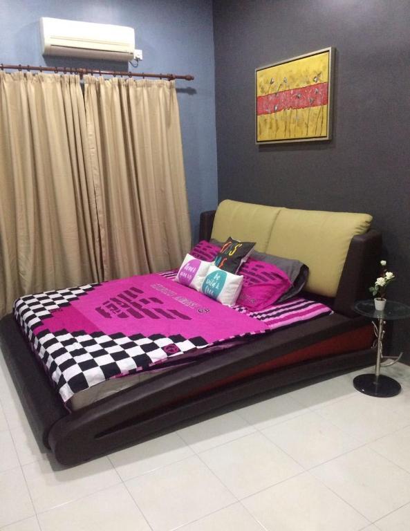 <div data-et-view=NAFQCDCcdXDPdFO:1</div Adni Suite Homestay Seri Manjung