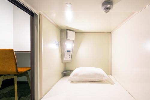 photo of 廣島魔方膠囊旅館(Capsule Hotel Cube Hiroshima)   日本廣島縣(Hiroshima, Japan)