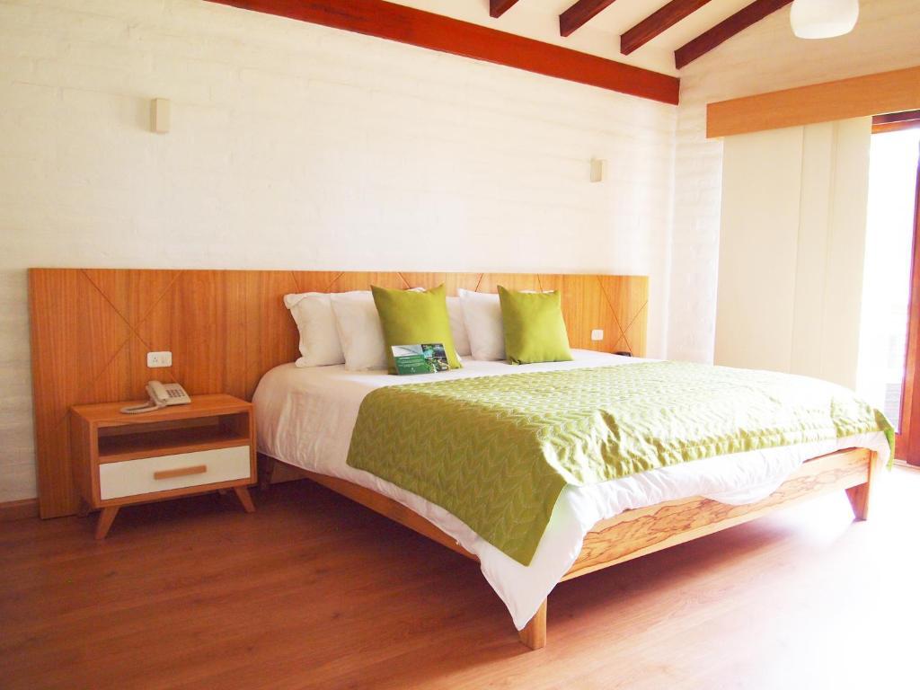 Camera Matrimoniale Doppia Con Letti Singoli.Hosteria Totoral Sito Ufficiale Resort A Ibarra