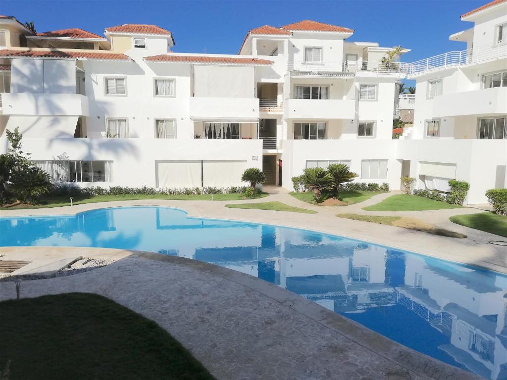 Las Terrazas Vip Pool Beach Club Spa Official Site