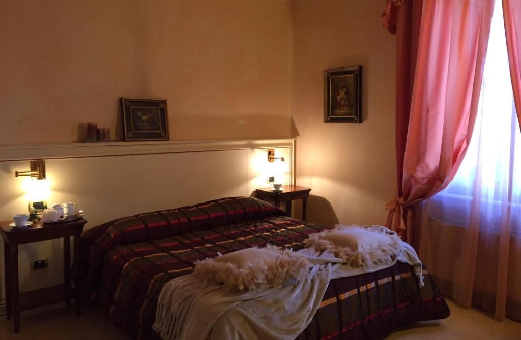 Camera Matrimoniale Doppia Con Letti Singoli.Villa Della Certosa Sito Ufficiale Bed Breakfast A Gambassi