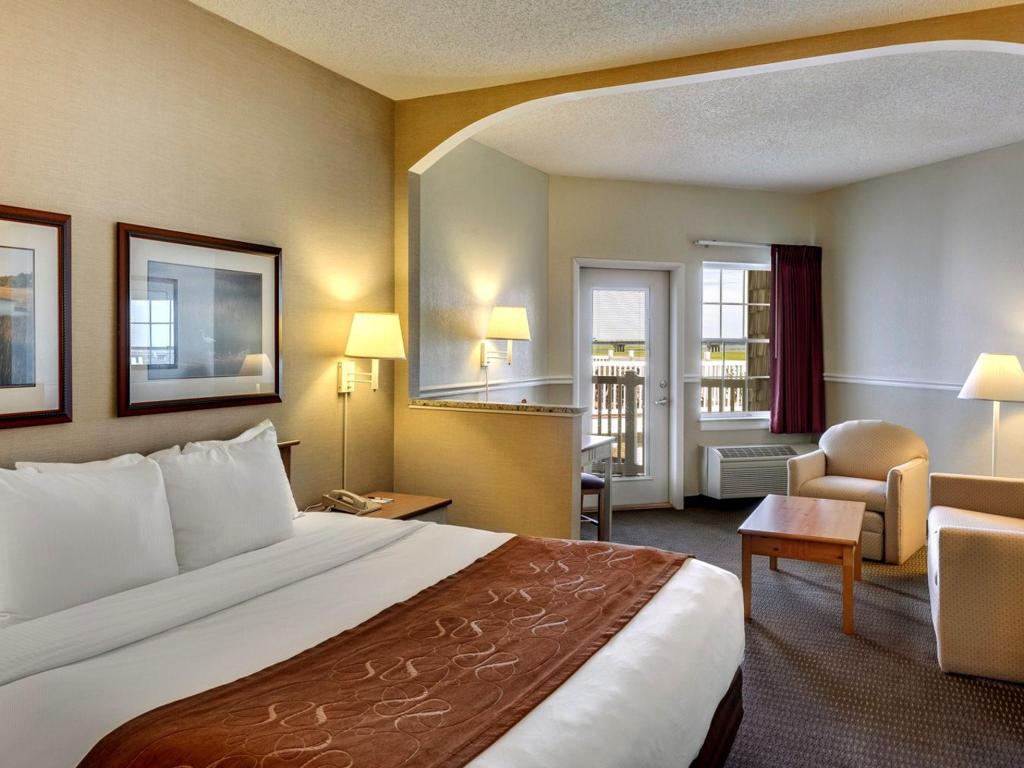 Comfort Suites Chincoteague Official Site | Hotels in