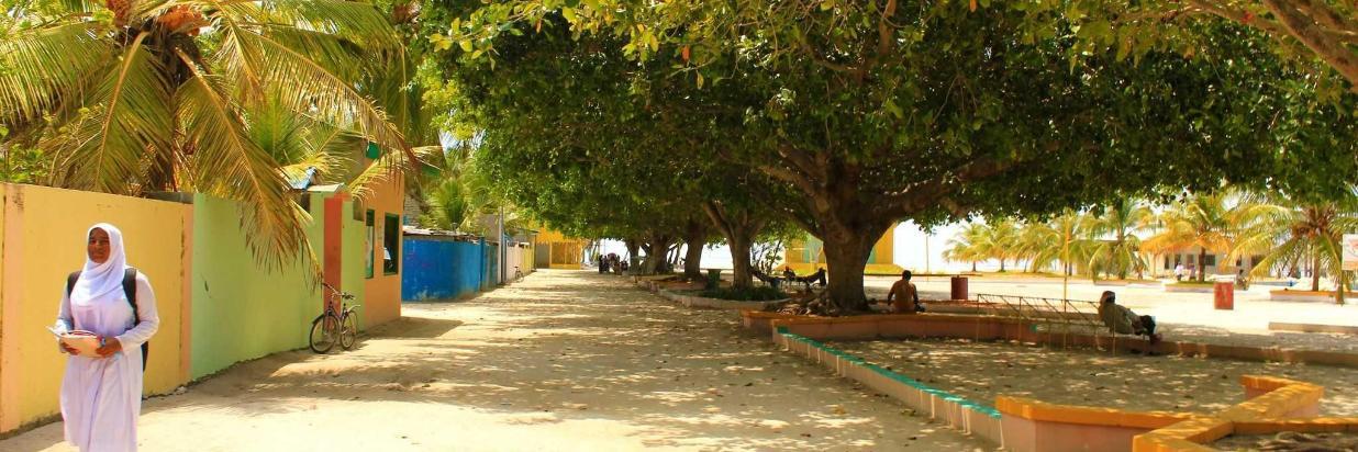 ukulhas-island-street.jpg