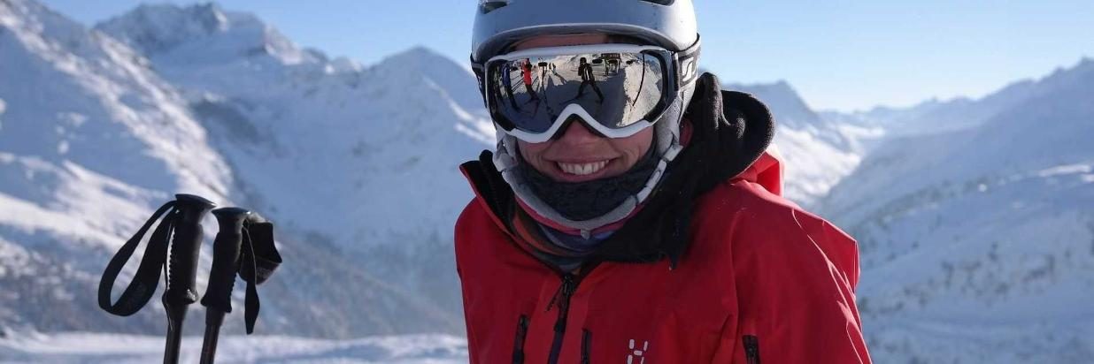 skier-999279_1920.jpg