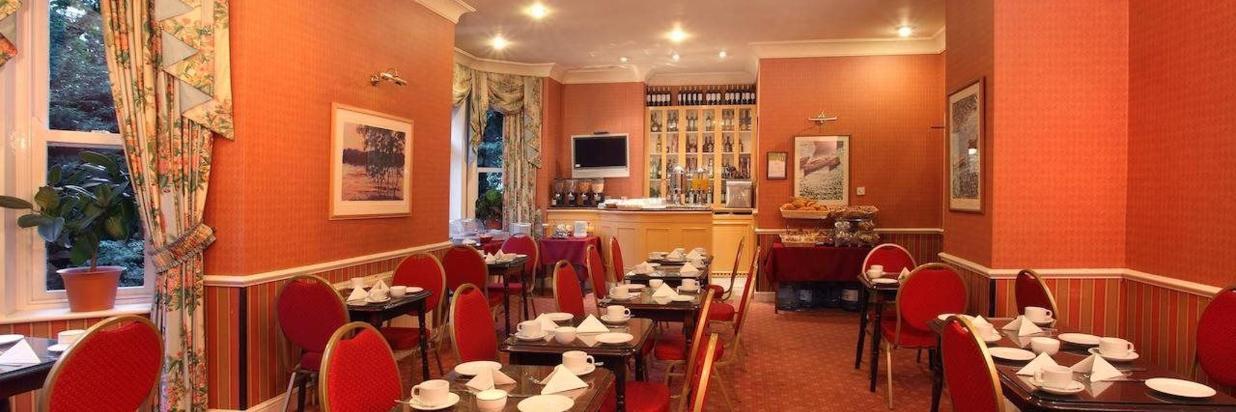 Meeting facilities and Bar