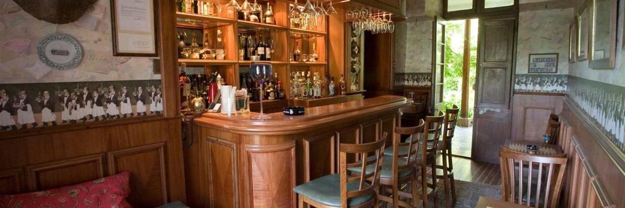 Lyon´s Bar