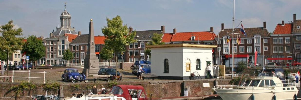 shutterstock_41611243-middelburg.jpg