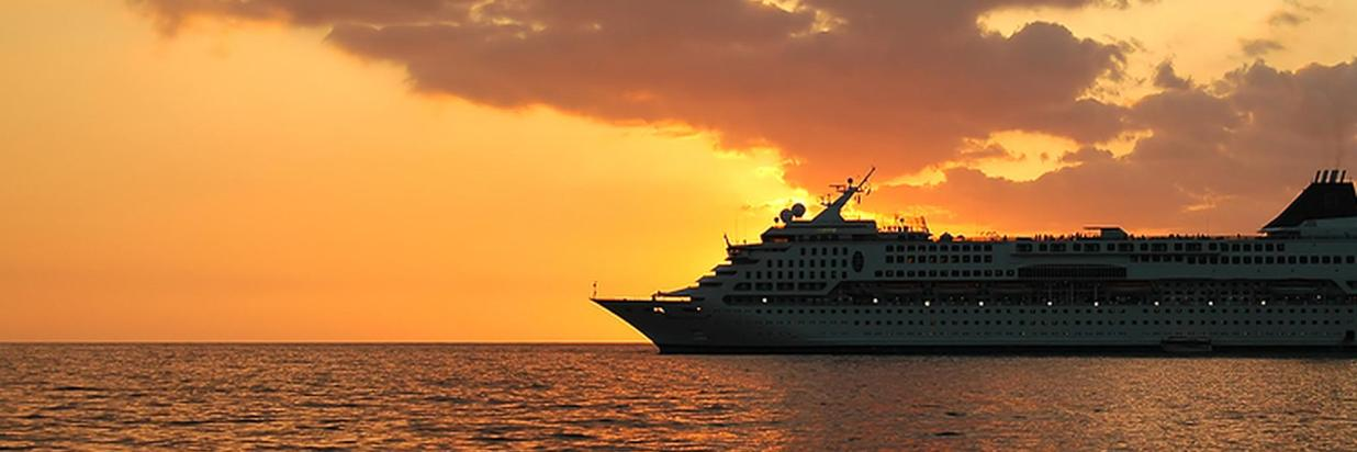Barrier Reef Cruise Ship Passenger Tour