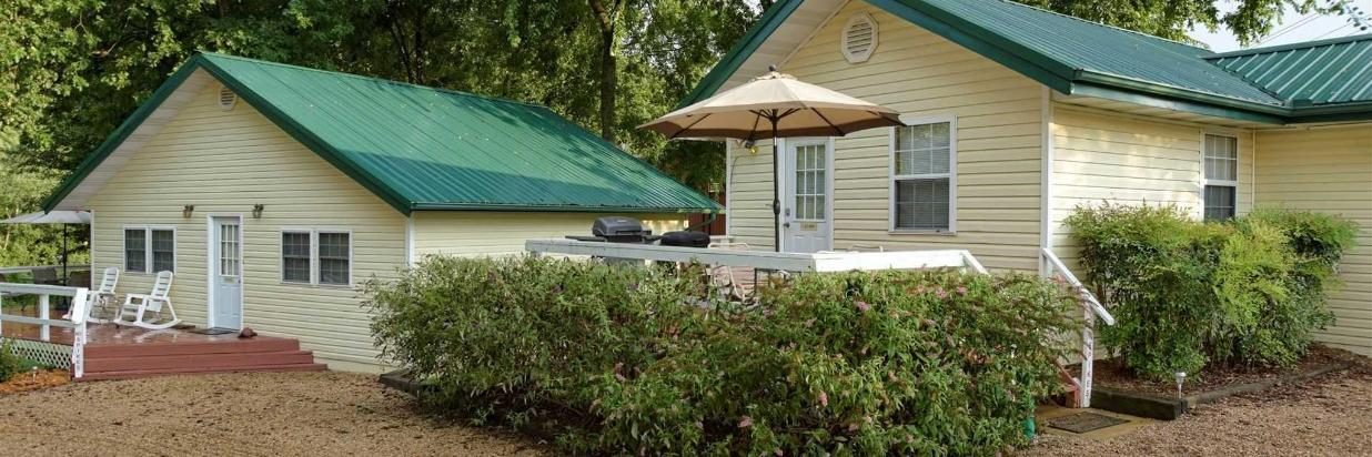 River Ridge Inn Official Site | Hotels in Norfork