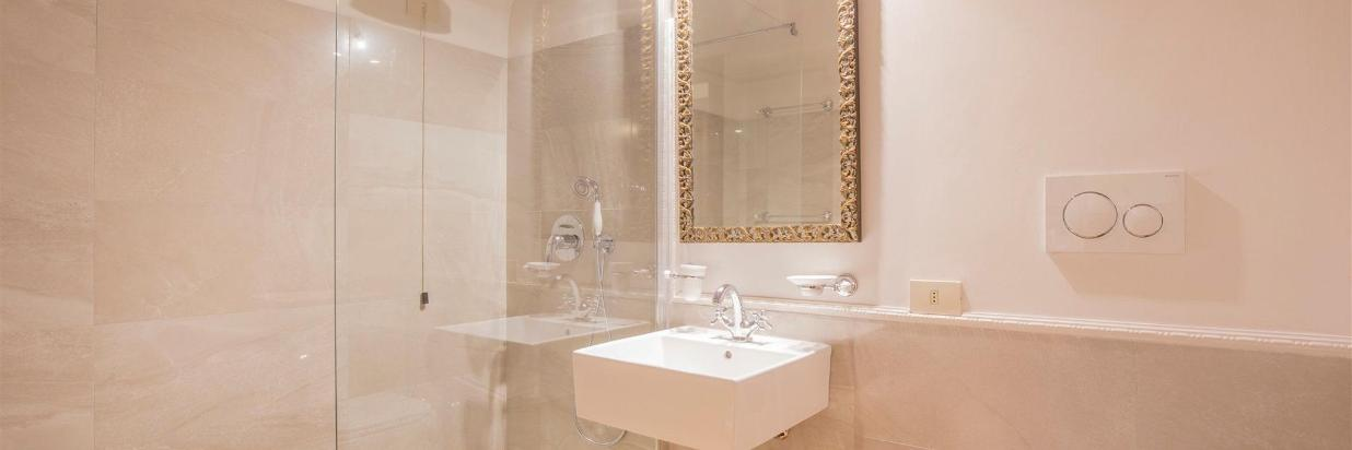 fontana-suite-and-mazzanti-suite-bathroom.jpg