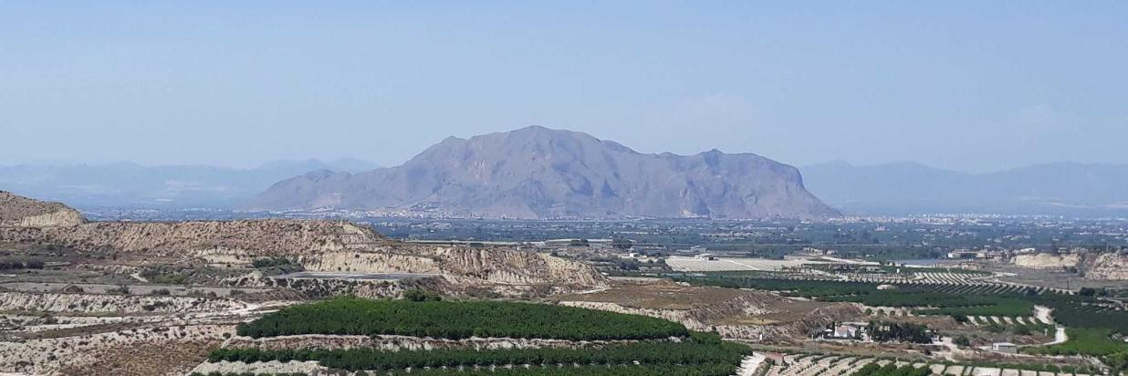 Mountains near Orihuela.jpg