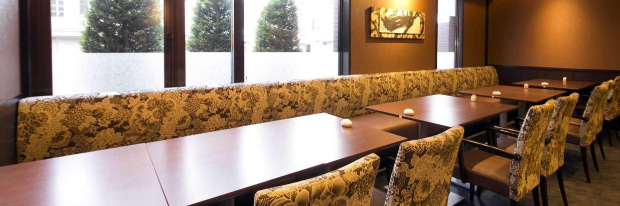 restaurant_-2.jpg