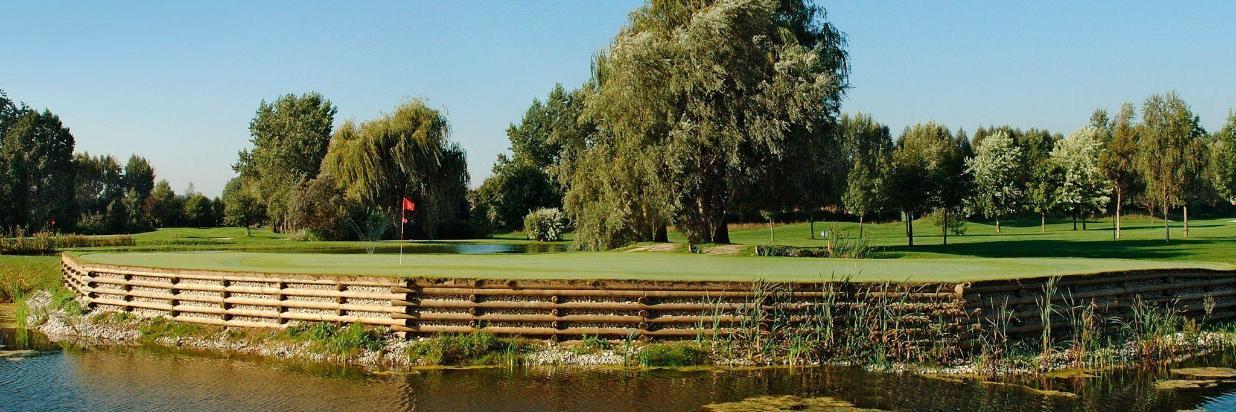 golfplatz2-1.JPG