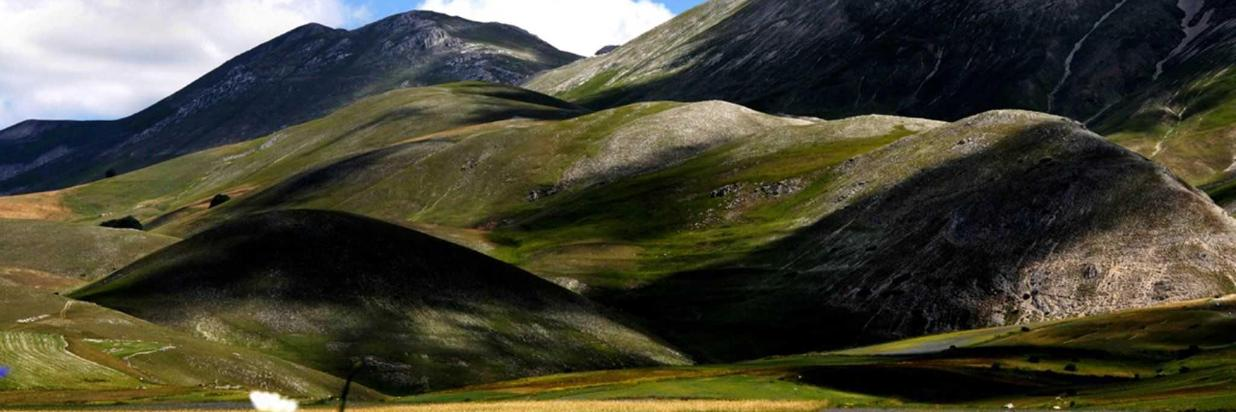 Trekking: Proposte Di Lunghi Itinerari a Piedi