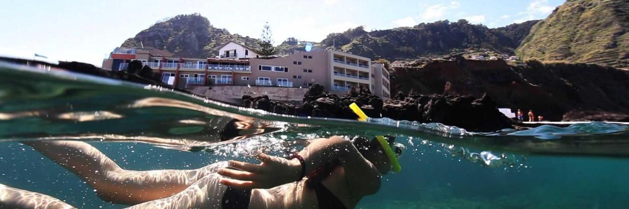 9-snorkling-in-natural-swimming-polls-porto-moniz-madeira-1.jpg
