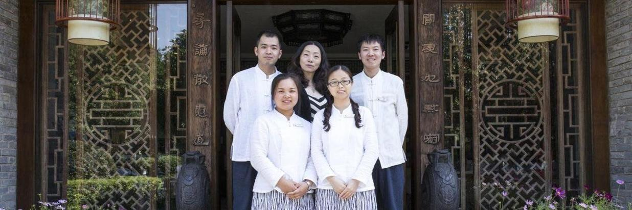 abcdefghij-our-hotel-vacation-assitant-team-english-speaking.jpg