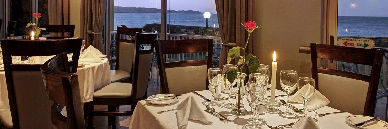 nest-hotel-penguin-restaurant-2016-2.jpg