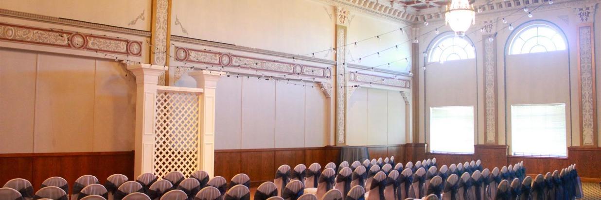 El Crystal Ballroom