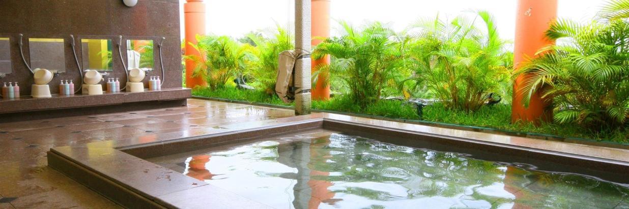 Ocean-view Hot Springs & Indoor Pool