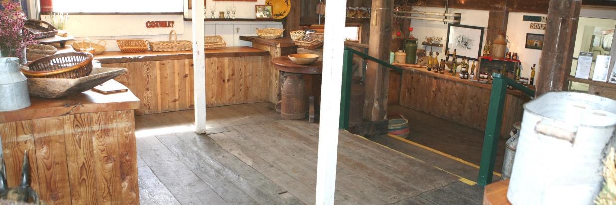 Harley farm barn 08004bsm.jpg