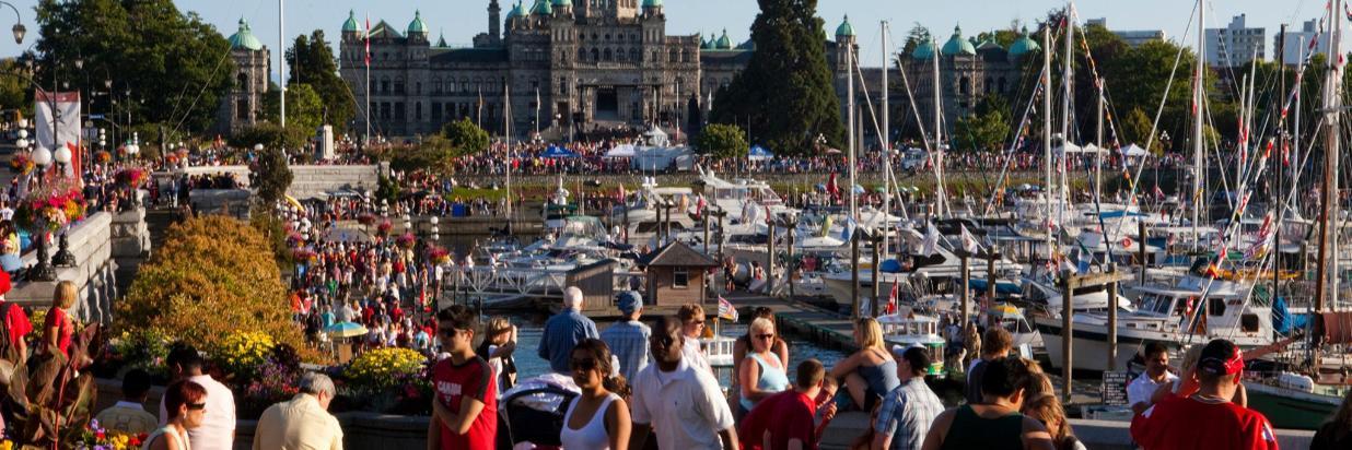 Canada Day Crowds (1).jpg