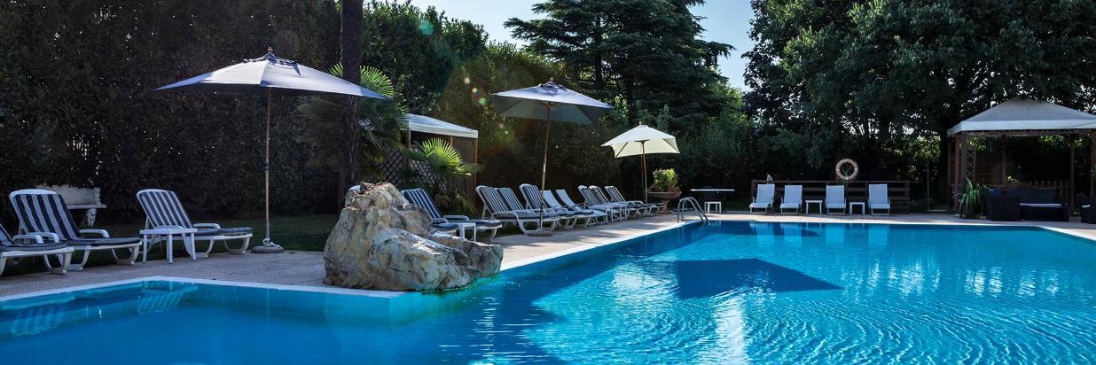 Hotel Saccardi piscina_da gazebo__MG_6019.jpg